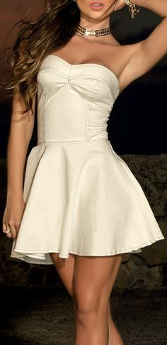 Ivory Strapless Dress // perfect for wedding reception and leaving for honeymoon