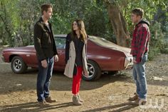 """""""Bachelorettes and Bullets"""" - Pictured (L-R): Justin Hartley as Jesse, Rachel Bilson as Dr. Zoe Hart, and Wilson Bethel as Wade in HART OF DIXIE on THE CW. Photo: Doug Hyun /The CW ©2012 The CW Network. All Rights Reserved."""