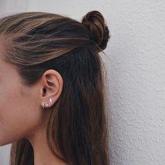 Vintage Diamond Earrings White Gold Bridal Earrings Vintage Drop Earrings Camellia Jewelry - Fine Jewelry Ideas - Women's style: Patterns of sustainability Gold Bridal Earrings, Vintage Earrings, Tiny Stud Earrings, Diamond Earrings, Drop Earrings, 2 Ear Piercings, Industrial Piercing Jewelry, Industrial Barbell, Ear Jewelry