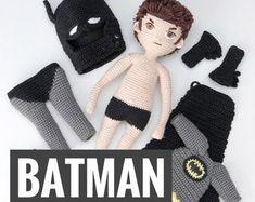 Crochet Doll Pattern, Crochet Patterns Amigurumi, Amigurumi Doll, Crochet Hooks, Doll Clothes Patterns, Doll Patterns, Batman Crochet, Crochet For Boys, Hand Made