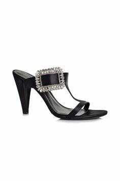 Cute Shoes Heels, Boho Shoes, Designer Shoes Heels, Beautiful Heels, Only Shoes, Black 7, Color Black, Black Heels, Green Heels