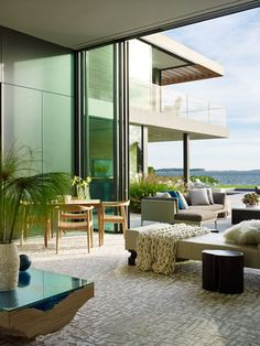 This modern waterfront property was designed by Blaze Makoid Architecture, located in North Haven, a village in Suffolk County, New York. Sweet Home, Indoor Outdoor Living, Outdoor Spaces, Cades, Design Salon, Hamptons House, Waterfront Property, Big Houses, York