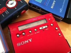 Sony MZ R900 (Red) Portable Minidisc Player