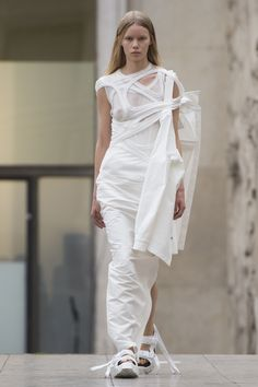 Rick Owens Spring 2018 Ready-to-Wear Collection Photos - Vogue