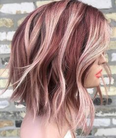 You deserve some amazing Rose Gold Hair Color for your long hair. So, regarding that, we have gathered some lovely Rose Gold Hair Color suggestions only for you. Funky Hair Colors, Gold Hair Colors, Hair Color And Cut, Ombre Hair Color, Hair Color Balayage, Cool Hair Color, Hair Highlights, Bob Hair Colour Ideas, Funky Highlights