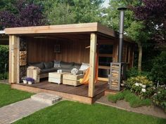 Amazing Shed Plans - Abris de jardins Now You Can Build ANY Shed In A Weekend Even If You've Zero Woodworking Experience! Start building amazing sheds the easier way with a collection of shed plans! Back Gardens, Outdoor Gardens, Outdoor Rooms, Outdoor Living, Outdoor Retreat, Gazebos, Garden Buildings, Building A Shed, Building Plans