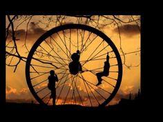 If you see carefully this photos is not only awesome photos, but also amazing photography. Oscar Wilde, Karma, John Mellencamp, Wheel Of Life, Big Wheel, Wheel Of Fortune, Favim, Fantasy, Amazing Photography