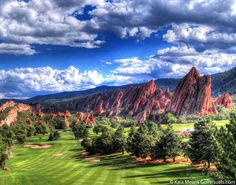#Arrowhead Golf Club, Colorado. Red rock formations make this an amazing #golf course. Photo by Kaia Means - golfvisuals.com
