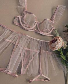Jolie Lingerie, Lingerie Outfits, Pretty Lingerie, Bridal Lingerie, Beautiful Lingerie, Lingerie Sleepwear, Lingerie Set, Women Lingerie, Elegant Lingerie