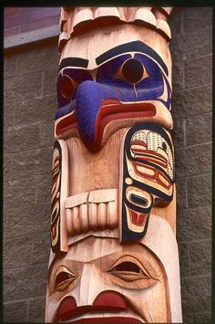 David Boxley: 20' Totem  Alaskan Native Medial Center