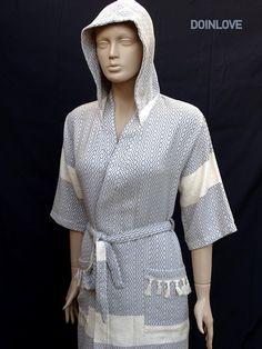 Women's Medium size grey colour short sleeved soft cotton hooded kimono bathrobe, short morning gown, pool robe.