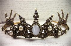 Renaissance Tiara, Medieval Tiara, Medieval Crown, Custom Wedding Tiara, Bridal Headpiece, Renaissance Wedding, Tudor, Design Your Own Crown...