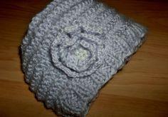 Hand knitted light purple flower hat by LaurasHandmadeGifts