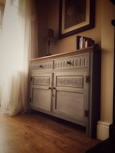 FOR SALE!  Stunning oak sideboard painted in Autentico Chalk paint £200 location Doncaster