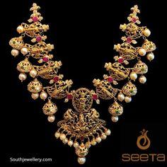 Gold Earrings Designs, Gold Jewellery Design, Necklace Designs, Gold Jewelry, Gold Necklace, Designer Jewellery, Jewelery, Jewelry Bracelets, Necklaces