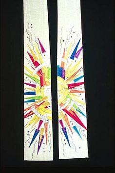 banner - could be used on our altar Church Banners Designs, Church Design, Creative Textiles, Creative Art, Worship Ideas, Quilt Modernen, Banner Ideas, Spiritus, Pentecost