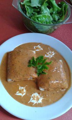This no all / Disznóól - KonyhaMalacka disznóságai: Hortobágyi palacsinta Hungarian Cuisine, Hungarian Recipes, Hungarian Food, Goulash Recipes, Recipes From Heaven, Palak Paneer, Crepes, My Recipes, Thai Red Curry