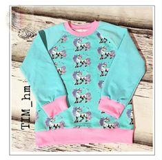 Raglan Shirts, Sewing For Kids, Diy For Kids, Kids Patterns, Sewing Patterns, Free Pattern, Graphic Sweatshirt, Sweatshirts, Tees