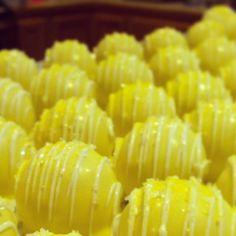 cake balls. Simple and tasty! Yellow sparkly. www.cakeballers.com #thecakeballers #cakeballers #cakeballer #sparkle #yellow #idahogoods #boisetreats #boiseballers #idahohasballers #ballerforlife #boisegoodies #boisefun #cakeballs cakeball #sweetballs #boiseplayshard #idahohasfun #ballersgetballin