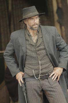 Cullen Bohannon Outfit