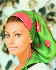 A perfect 70's look on quite possibly the most beautiful woman ever, Sofia Loren.