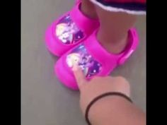 """What are those """"those are my chanclas!"""" lmao"""