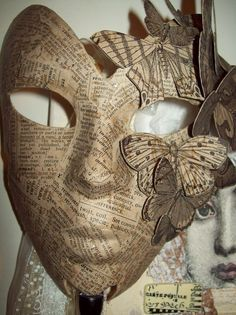 (Paper Mask w moths) if i had the time and artistic skills i would make this for. (Paper Mask w moths) if i had the time and artistic skills i would make this for the masquerade haha Mascara Papel Mache, Paper Mache Mask, Butterfly Mask, Butterfly Quilt, Masquerade Party, Masquerade Masks, Masquerade Centerpieces, Beautiful Mask, Venetian Masks