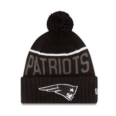 NEW ENGLAND PATRIOTS TOM BRADY NEW ERA  BLACK  NFL BEANIE KNIT POM POM HAT 5a72c590108f