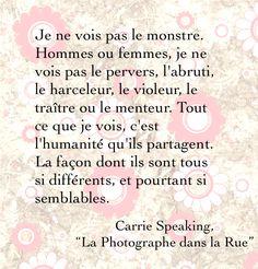 """Citation de """"La Photographe dans la Rue""""."""