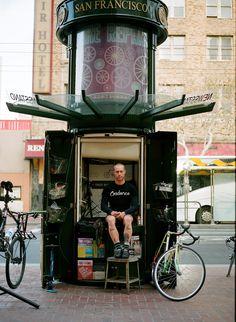 SFO Bike repair stand