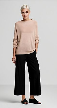 2244 best eileen fisher outfits images in 2019 Eileen Fischer, Mode Outfits, Casual Outfits, Fashion Outfits, Fashion Trends, Fashion Over 50, Look Fashion, Mode Monochrome, Diy Pullover