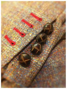Tweed details! wanna get this!!