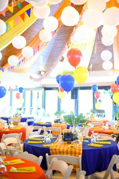 A children's fiesta party with a truly Filipino theme, featuring desserts by Tazzy Cakes, and entertainment by Clowning Around. Fiesta Theme Party, Party Themes, Party Ideas, 80th Birthday, 1st Birthday Parties, Paskong Pinoy, Fiesta Decorations, Christmas Decorations, Baby Shower Games