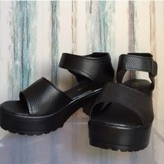 Chunky Sandals ✨ Size 37. Runs Small. Not aa American Apparel Shoes