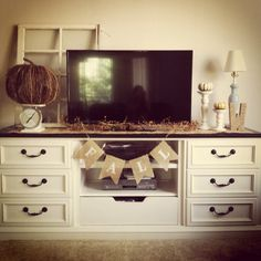 i like the tv stand