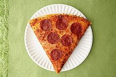 This pizza dough recipe is all you need to make the best homemade pizza pie. Try these tips for making self-rising flour pizza dough in no time. Sin Gluten, Gluten Free, Bacon Pizza, Pizza Pizza, California Pizza, Meal Prep For Beginners, Pizza Day, Healthy Pizza, How To Make Pizza