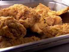 Southern Fried Chicken recipe from Robert Irvine via Food Network Spicy Fried Chicken, Chicken Spices, Fried Chicken Recipes, How To Cook Chicken, Chicken Meals, Food Network Recipes, Cooking Recipes, Cat Recipes, Turkey Recipes