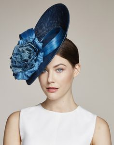London based milliner Juliette Botterill makes beautiful bespoke headpieces and hats for that special occasion. Millinery Hats, Fascinator Hats, Headpiece, Fascinators, Fascinator Hairstyles, English Hats, Occasion Hats, Wooly Hats, Girlie Style