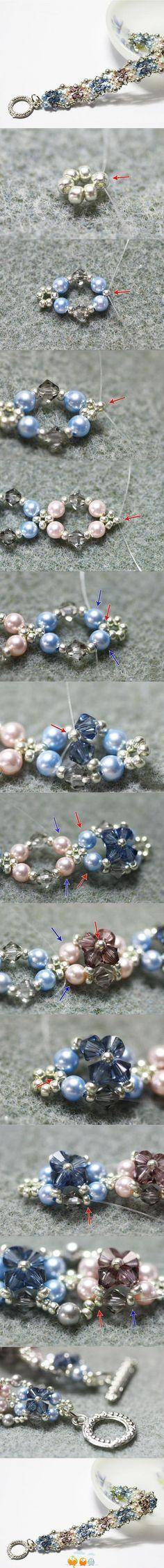 Brazalete elegante con perlas y chaquiras