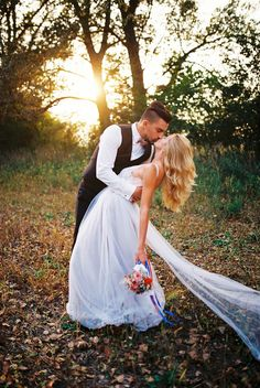analog photography / film wedding portraits / wedding photography Wedding Portraits, Wedding Photography, Film, Couple Photos, Couples, Fashion, Houses, Wedding Shot, Movie