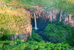 10 World's Best Natural Heritage Sites ~ Kakadu National Park, Australia Top 10 National Parks, National Park Tours, Kakadu National Park, Park Around, Scenic Photography, Australia Travel, Visit Australia, Dream Vacations, Vacation Spots
