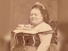 21 Pictures That Prove Victorians Liked To Get Silly Too! (The Past Isn't So Serious) - brainjet.com