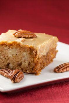 kruizing with kikukat: Feels Like Fall: Fresh Apple Cake