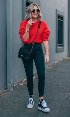 20 Casual Fall Outfit Ideas To Copy Right Now 05 Casual Fall Outfits, Spring Outfits, Trendy Outfits, Black Jeans Outfit Casual, Outfits With Black Jeans, Blue Skinny Jeans Outfit, Green Outfits For Women, Casual Ootd, Casual Wear Women