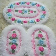 Fotoğraf açıklaması yok. Crochet Doily Diagram, Granny Square Crochet Pattern, Crochet Flower Patterns, Crochet Motif, Crochet Flowers, Knitting Patterns, Diy Crafts Crochet, Crochet Projects, Diy Projects