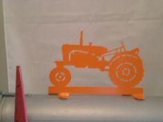 Allis-Chalmers Color Mailbox Topper | westphalironworksllc - Metal Craft on ArtFire Tractor Nursery, Allis Chalmers Tractors, Metal Crafts, Mailbox, Paper Shopping Bag, Cricut, Signs, Outdoor Decor, Handmade