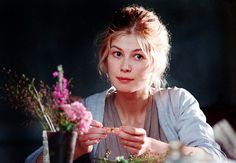 Rosamund Pike in Pride and prejudice