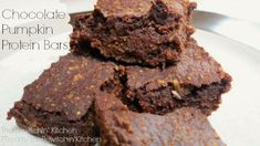 A recipe using Chocolate Shakeology for homemade protein bars. Chocolate Pumpkin Protein Bars, they're delicious and easy.