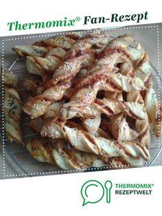 Pizzastangen lecker & einfach von nadlll1979. Ein Thermomix ® Rezept aus der Kategorie Backen herzhaft auf www.rezeptwelt.de, der Thermomix ® Community.