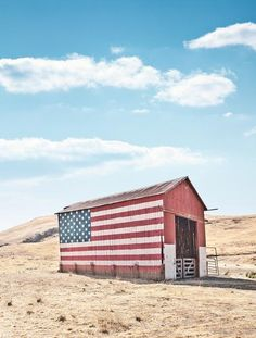 Old Glory. Too bad I'm not artistic and our barn looks like a Ginger Bread House.